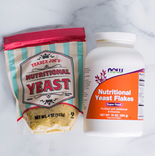 SUPERFOOD // NUTRITIONAL YEAST